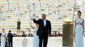Παραδίδεται η Ολυμπιακή Φλόγα