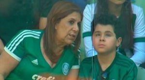 Συγκλονίζει η μητέρα που πάει στο γήπεδο τον αυτιστικό γιο της