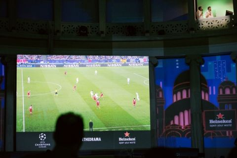 Φαντασμαγορική γιορτή της Heineken στο Ζάππειο για τον τελικό του Champions League
