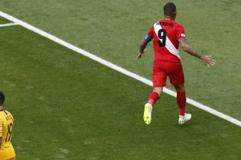 Peru's Paolo Guerrero celebrates scoring his team's second goal during the group C match between Australia and Peru, at the 2018 soccer World Cup in the Fisht Stadium in Sochi, Russia, Tuesday, June 26, 2018. (AP Photo/Efrem Lukatsky)