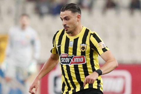 Ο Γαλανόπουλος στην αναμέτρηση της ΑΕΚ με τον Ιωνικό για την 1η αγωνιστική της Super League Interwetten.