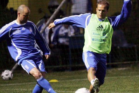 Μπασινάς και Γιαννακόπουλος στην Cosmote TV ενόψει του Legends 2004 - Spanish National Team Legends