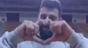 Μπουρούσης σε Σενγκέλια: «Σε αγαπάω αδελφέ μου»