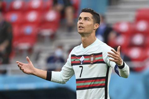 Ο Κριστιάνο Ρονάλντο με τη φανέλα της Πορτογαλίας στο ματς κόντρα στην Ουγγαρία για την πρεμιέρα του Euro 2020