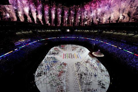 Βεγγαλικά στην τελετή έναρξης των Ολυμπιακών Αγώνων