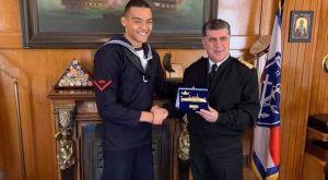 Το Πολεμικο Ναυτικό βράβευσε τον Εμμανουήλ Καραλή