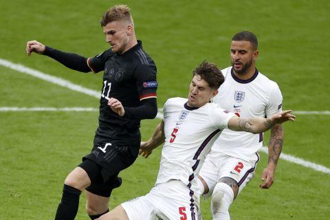 Στιγμιότυπο απ' την αναμέτρηση της Αγγλίας με τη Γερμανία