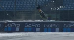 Το ατύχημα του Φόλγκερ στο warm up του Moto GP