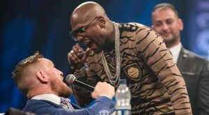 Floyd Mayweather: «Άφησα τον McGregor να με χτυπήσει για να φαίνεται καλός!»
