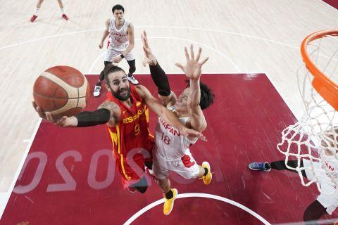 Ο Ρίκι Ρούμπιο της Ισπανίας σε στιγμιότυπο της αναμέτρησης με την Ιαπωνία για τη φάση των ομίλων του τουρνουά μπάσκετ ανδρών στους Ολυμπιακούς Αγώνες 2020, Σαϊτάμα | Δευτέρα 26 Ιουλίου 2021