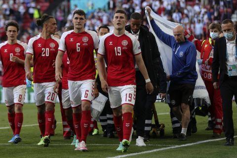 Οι παίκτες της Δανίας μετά την κατάρρευση του Έρικσεν