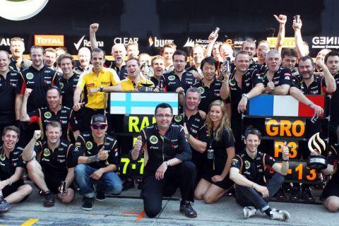 Η Lotus διακωμωδεί τις αποφάσεις της FIA