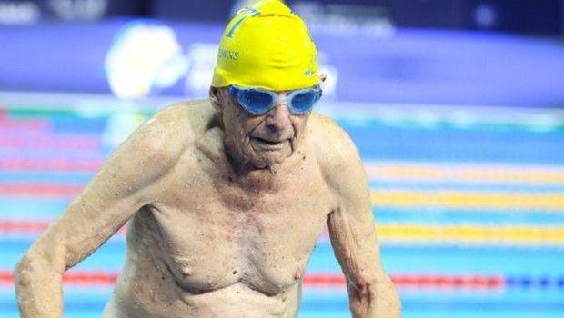 Παγκόσμιο ρεκόρ από 99χρονο κολυμβητή στα 50μ. ελεύθερο