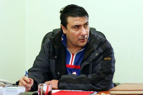 Ο παλαίμαχος ποδοσφαιριστής των ΑΕΛ και Ολυμπιακού, Βασίλης Καραπιάλης