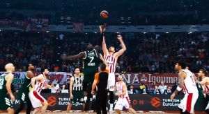 "EuroLeague: ""Το ελληνικό ντέρμπι πλησιάζει"""