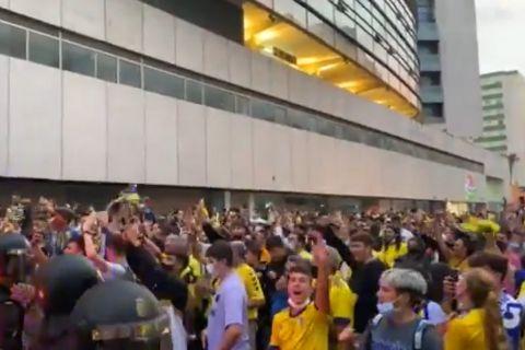 Οι οπαδοί της Κάντιθ τρολάρουν την Μπαρτσελόνα, φωνάζοντας που είναι ο Λιονέλ Μέσι