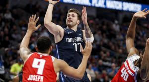 NBA: Απίθανο καλάθι του Ντόντσιτς