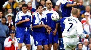 6/10/2001: Όταν ο Μπέκαμ στέρησε από την Ελλάδα ένα τεράστιο διπλό