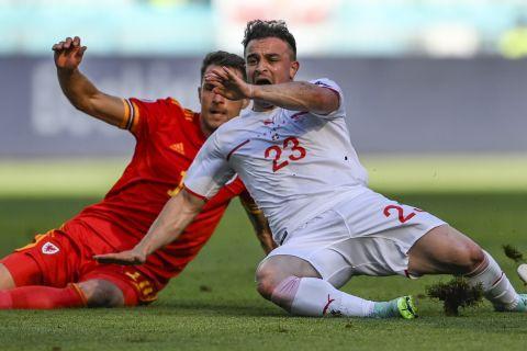 Μονομαχία Ράμσεϊ - Σακίρι στο ματς μεταξύ της Ουαλίας και της Ελβετίας στην πρεμιέρα του Euro 2020