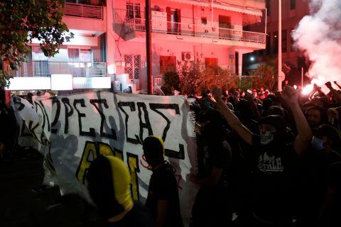 Οι οπαδοί του Άρη στην πορεία διαμαρτυρίας κατά της ποινής για -6 βαθμούς