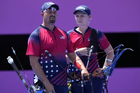 Ο Έλισον και η Μπράουν ήταν από τις απογοητεύσεις των Αμερικανών κατά την πρώτη ημερά των Αγώνων στο Τόκιο