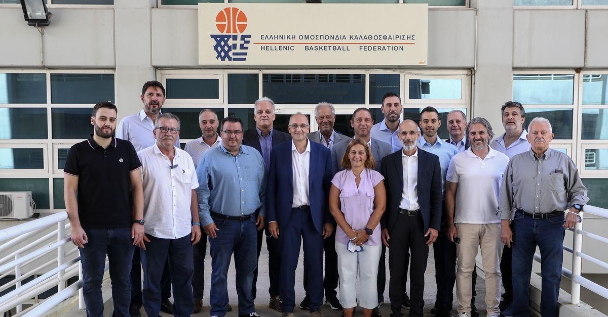 ΕΟΚ: Συγκροτήθηκε το νέο ΔΣ, υπεύθυνος εθνικών ομάδων ο Ντικούδης και διεθνών σχέσεων ο Ρεντζιάς - SPORT24