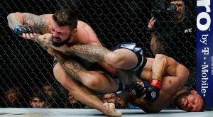 Φοβερή υποταγή σε αγώνα στο UFC