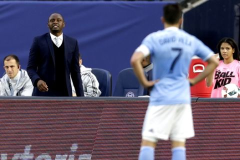 New York City FC head coach Patrick Vieira shouts instructions to forward David Villa (7) during the first half against the Toronto FC in an MLS soccer game at Yankee Stadium on Sunday, March 13, 2016, in New York. (AP Photo/Adam Hunger)