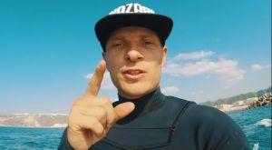 H Λίβερπουλ προσέλαβε επαγγελματία surfer για τη διαχείριση του άγχους