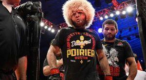 O Nurmagomedov μάζεψε 100.000 δολάρια για την μπλούζα του Poirier!
