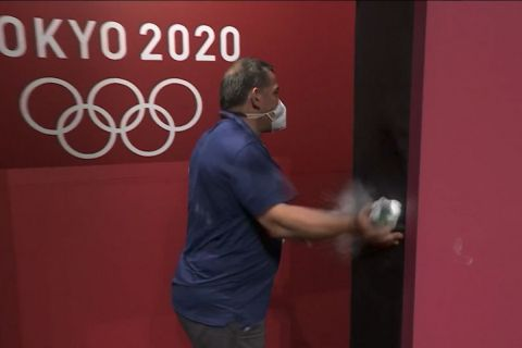 Ολυμπιακοί Αγώνες - Άρση βαρών: Ο Πύρρος Δήμας έριξε γροθιά στον τοίχο όταν ακυρώθηκε αθλήτριά του