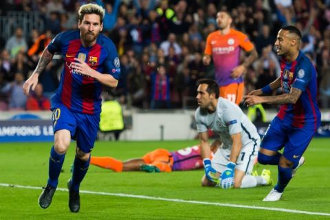 BARCELONA, SPAIN - OCTOBER 19:  Lionel Messi of FC Barcelona celebrates after scoring the opening goal during the UEFA Champions League group C match between FC Barcelona and Manchester City FC at Camp Nou on October 19, 2016 in Barcelona, Spain.  (Photo by Alex Caparros/Getty Images)
