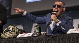 McGregor σε Mayweather: «Floyd, υπέγραψε αλλιώς είσαι φαφλατάς»