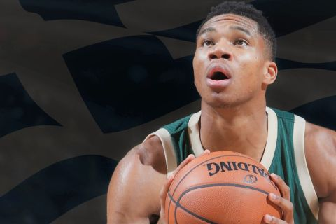 EVANSVILLE, IN - OCTOBER 12:  Giannis Antetokounmpo #34 of the Milwaukee Bucks shoots a free throw against the Indiana Pacers during a preseason game on October 12, 2016 at Ford Center in Evansville, Indiana. NOTE TO USER: User expressly acknowledges and agrees that, by downloading and or using this Photograph, User is consenting to the terms and conditions of the Getty Images License Agreement. Mandatory Copyright Notice: Copyright 2016 NBAE (Photo by Joe Robbins/NBAE via Getty Images)