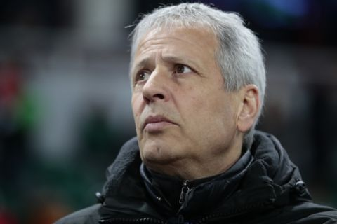 Nice's head coach Lucien Favre watches the Europa League Round of 32 second leg soccer match between Lokomotiv Moscow and Nice at Lokomotiv stadium in Moscow, Russia, Thursday, Feb. 22, 2018. (AP Photo/Denis Tyrin)