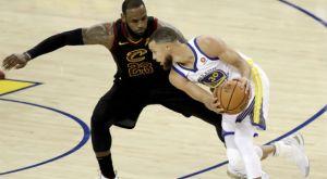 Ο Curry στηρίζει τον LeBron