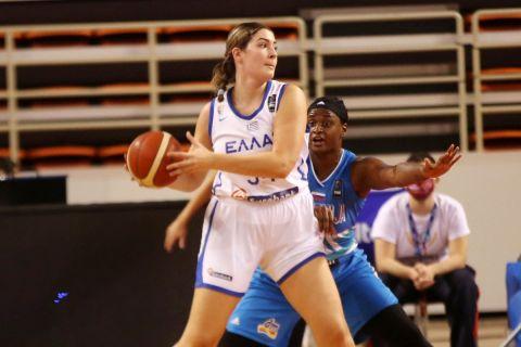 Η Μαριέλλα Φασούλα σε αγώνα της Εθνικής Γυναικών