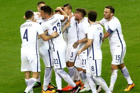Πρώτη νίκη με Σκίμπε, 2-1 η Εθνική το Μαυροβούνιο