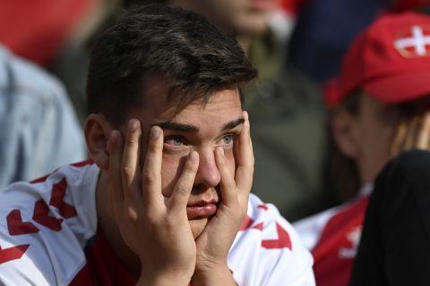 Σοκαρισμένοι οι οπαδοί της Δανίας μετά την κατάρρευση του Έρικσεν στο Δανία - Φινλανδία