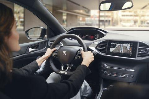 Με digital i-Cockpit το Peugeot 308