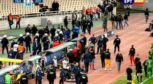 Παναθηναϊκός – Ολυμπιακός: Εισβολή οπαδών στον πάγκο των ερυθρολεύκων (VIDEO)