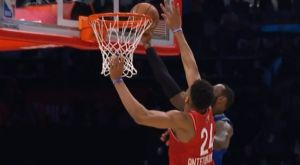 "2020 NBA All-Star Game: Τα δύο ""καπάκια"" του Γιάννη στον ΛεΜπρόν"