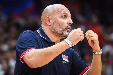 Ο Σάσα Τζόρτζεβιτς στον πάγκο της Εθνικής Σερβίας