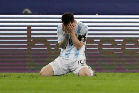 Το ξέσπασμα του Μέσι μετά τη λήξη του τελικού του Copa America
