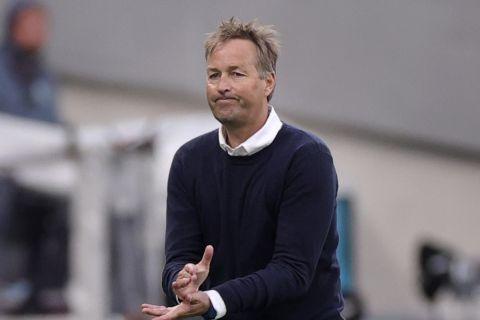 Ο προπονητής της Εθνικής Δανίας, Κάσπερ Χιούλμαντ στην αναμέτρηση με τη Φινλανδία για το Euro 2020.