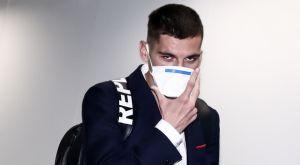 Κορονοϊός: Με μάσκες στο Λονδίνο οι παίκτες του Ολυμπιακού