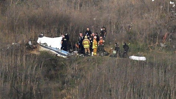 Εκπρόσωπος του πιλότου κατηγορεί τον Κόμπι Μπράιαντ και τους επιβάτες για το δυστύχημα