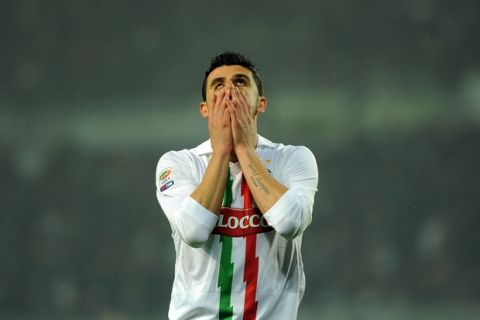 Juventus' Vincenzo Iaquinta reacts after missing a scoring chance during a Serie A soccer match between Juventus and Roma at the Olympic Stadium in Turin, Italy, Saturday, Nov. 13, 2010. (AP Photo/Massimo Pinca)