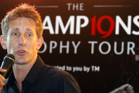 Retired Manchester United goalkeeper Edwin van der Sar speaks during a press conference of  the Barclays Premier League trophy tour around Asia, in Kuala Lumpur, Malaysia, Tuesday, July 5, 2011. (AP Photo/Lai Seng Sin)