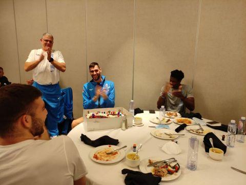 Ο Γιώργος Παπαγιάννης γιόρτασε τα γενέθλιά του με την αποστολή της Εθνικής στον Καναδά